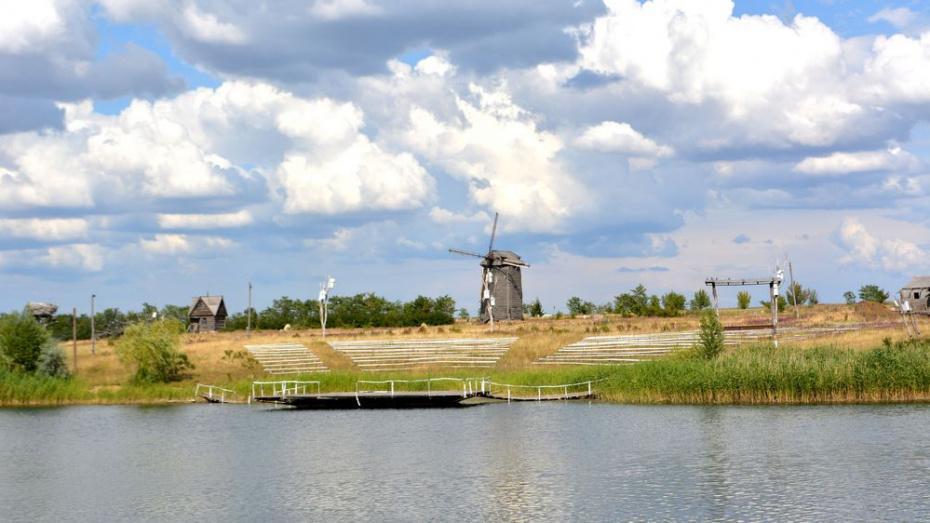 В Ломовском парке в Воронежской области построят туристический комплекс с витражами