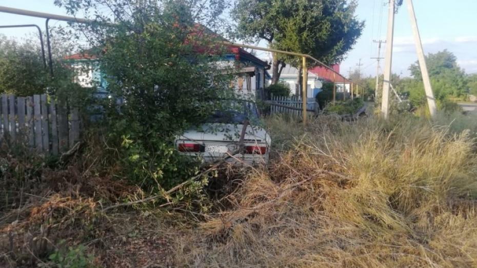 В Воронежской области мать попыталась выгородить переехавшего ее на машине 12-летнего сына