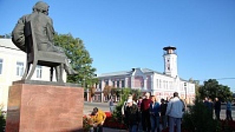 В Острогожске открылся академический пленэр