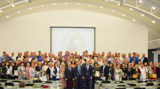 В Воронеже строителей ДСК удостоили высокими наградами