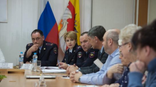 Полиция: воронежцы теряют из-за мошенников 1,5 млн рублей в месяц