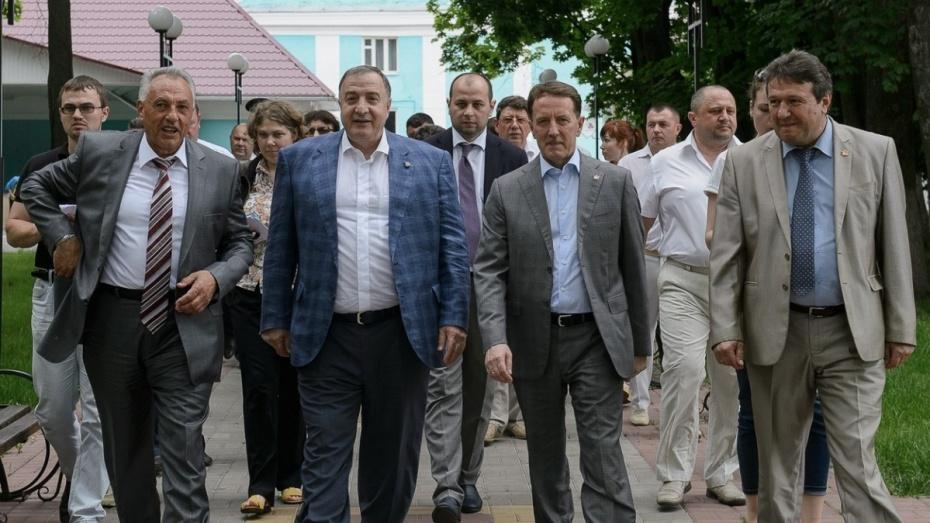 «Московский Индустриальный Банк» вложит 60 млн рублей в инфраструктуру воронежских сел
