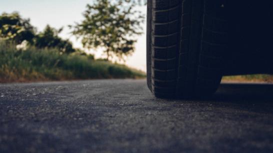 «Калина» столкнулась с внедорожником в Воронежской области: погибла женщина