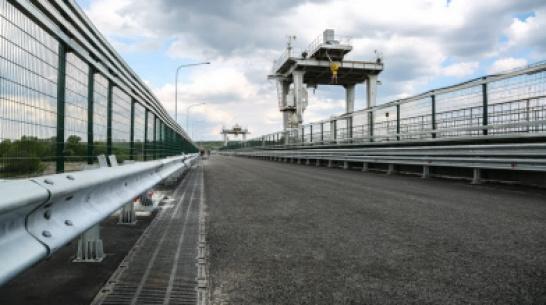В Воронеже досрочно откроют движение по мосту через водосброс водохранилища
