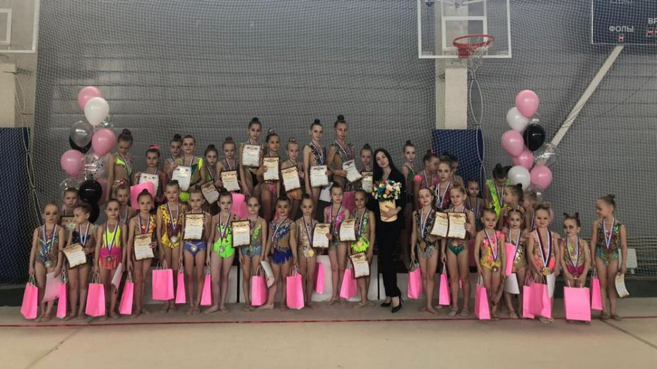 Борисоглебские гимнастки завоевали 20 золотых медалей на турнире в Саратовской области