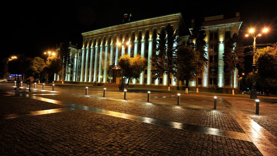 Власти направят до 8 млн рублей на подсветку 5 зданий в центре Воронежа