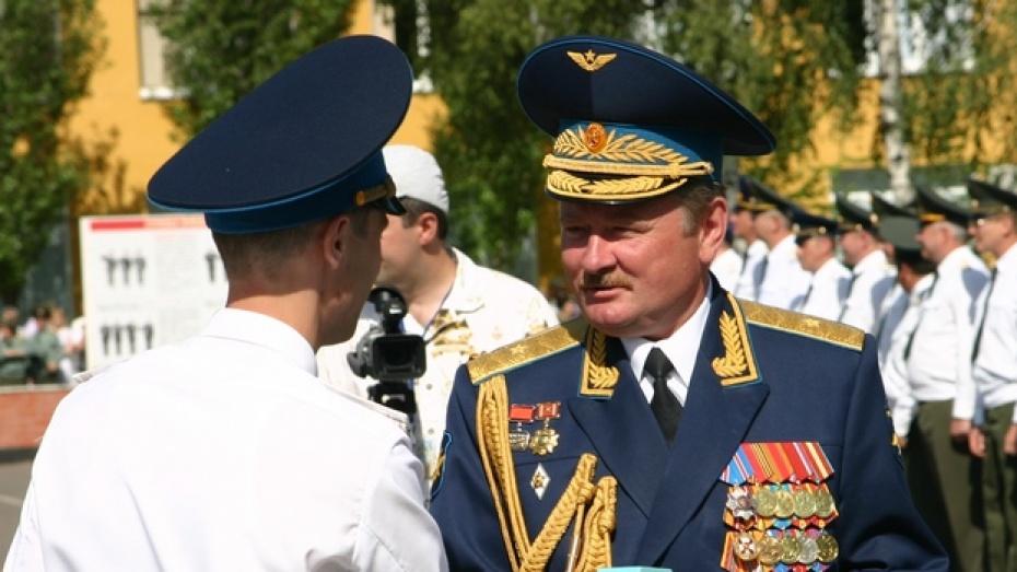 Геннадий Зибров вновь руководит Военно-воздушной академией