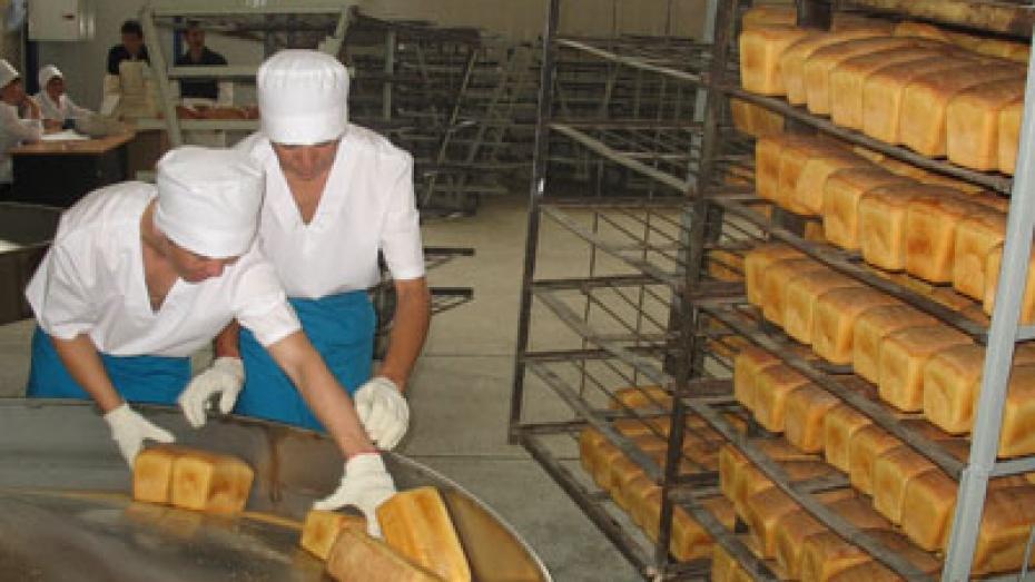 Работникам Бобровского хлебозавода выплатили зарплату лишь после вмешательства суда
