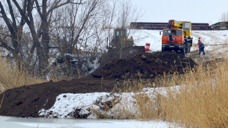 В Воронежской области над рекой Савала после обрушения моста построят временную переправу