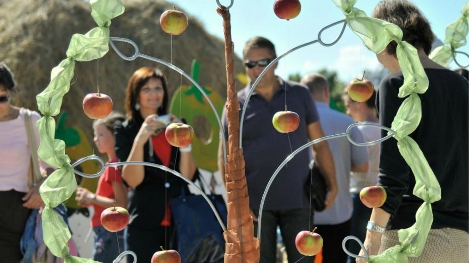 Навыставке «Воронеж— сад» покажут киностудию изсена исоломы