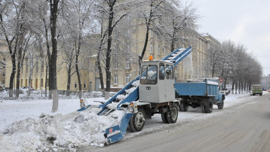 За выходные из Воронежа вывезли 7 тыс кубометров снега