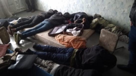 Задержанных в Воронеже 9 нелегальных мигрантов депортируют