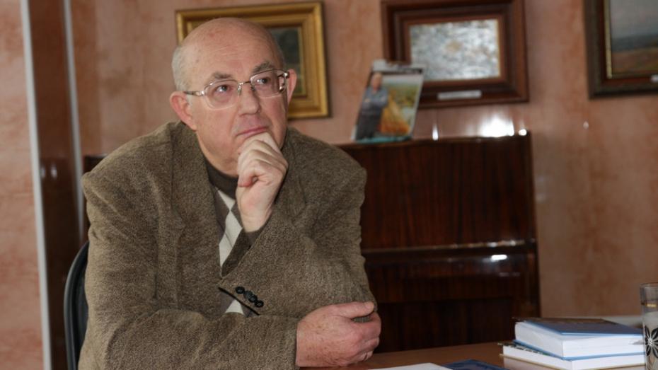 Лискинцев пригласили на презентацию книг земляка Валерия Тихонова