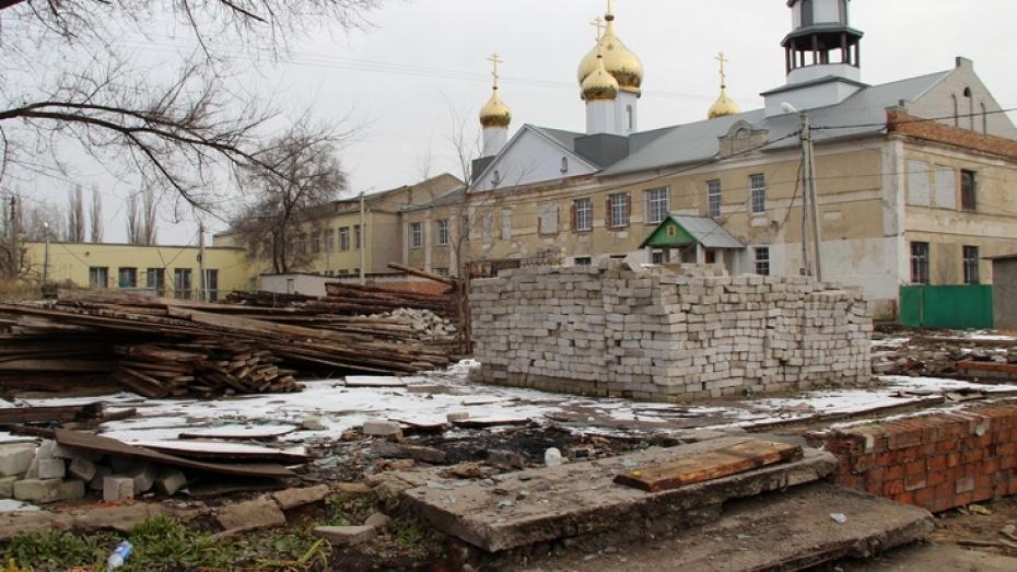 В Новоусманском районе во дворе храма собираются построить торговый центр