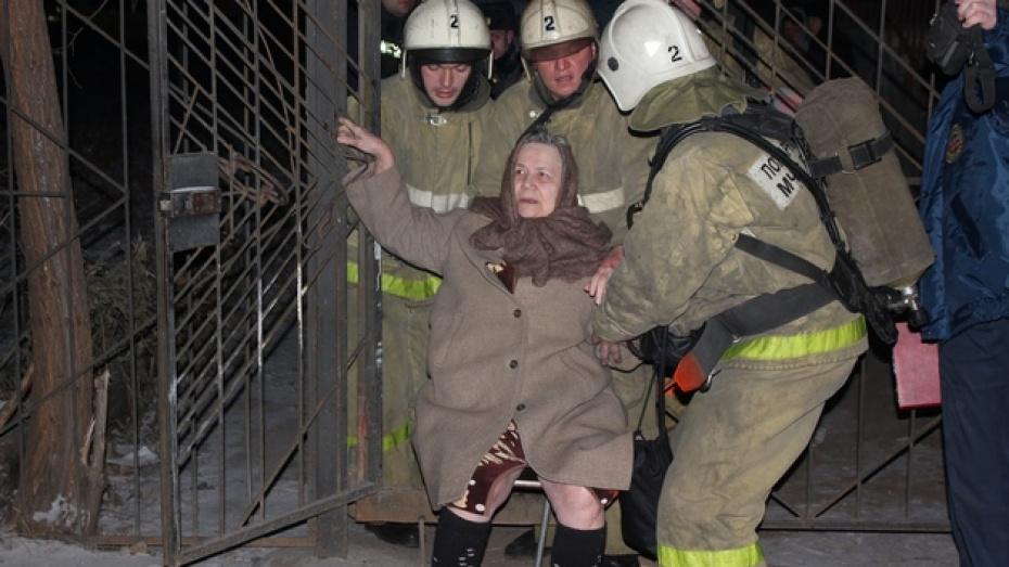 В центре Воронежа из-за опасности прорыва газопровода были эвакуированы жильцы многоквартирного дома