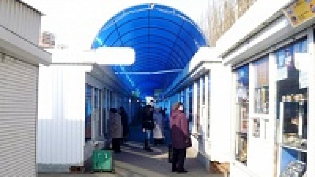 На рынках Воронежа пустуют 2,8 тысяч торговых мест