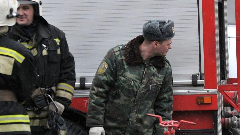 В Воронеже на Левом берегу загорелся маршрутный «ПАЗ»