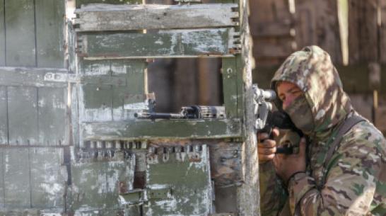 В Воронежской области по уникальной методике обучили 150 снайперов
