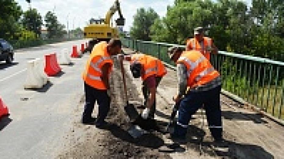 В Калачеевском районе начался долгожданный ремонт забродненского моста
