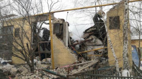 После обрушения трубы на котельную в Воронеже 8 домов остались без тепла