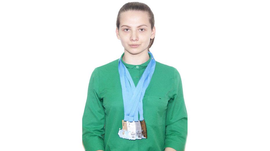 Бобровская спортсменка завоевала 5 медалей международного турнира по плаванию