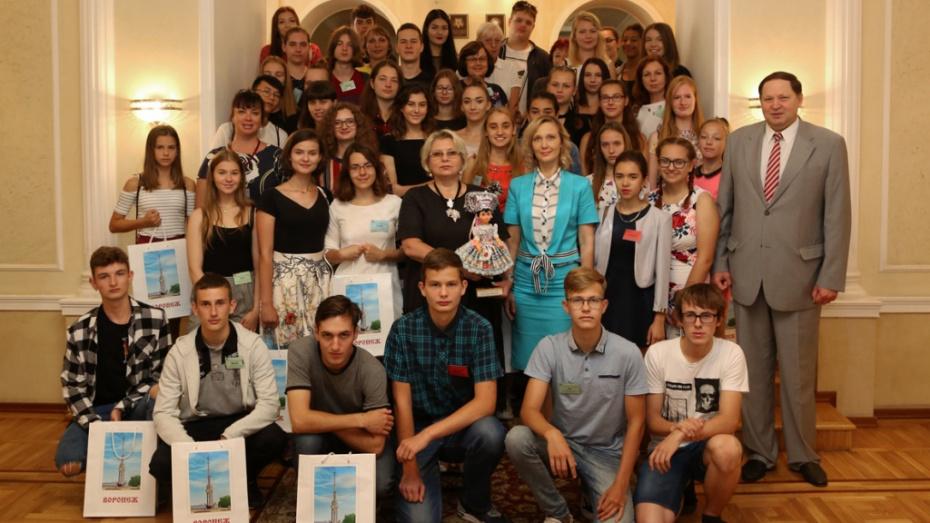 ВВоронеже 48 словаков пришли ввосторг откондитерской фабрики