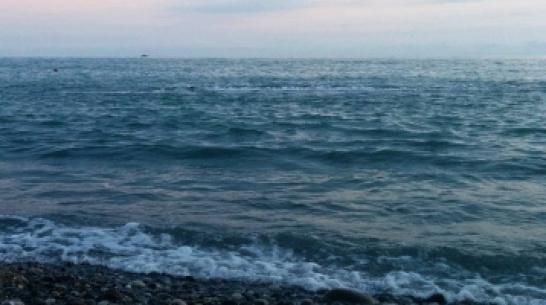 Адлерские спасатели выловили из моря пьяного туриста из Воронежа