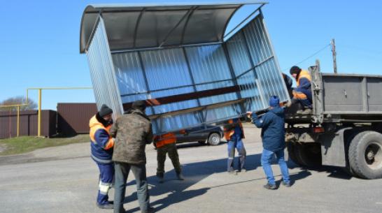 В нижнедевицких селах Верхнее и Нижнее Турово установили остановочные павильоны