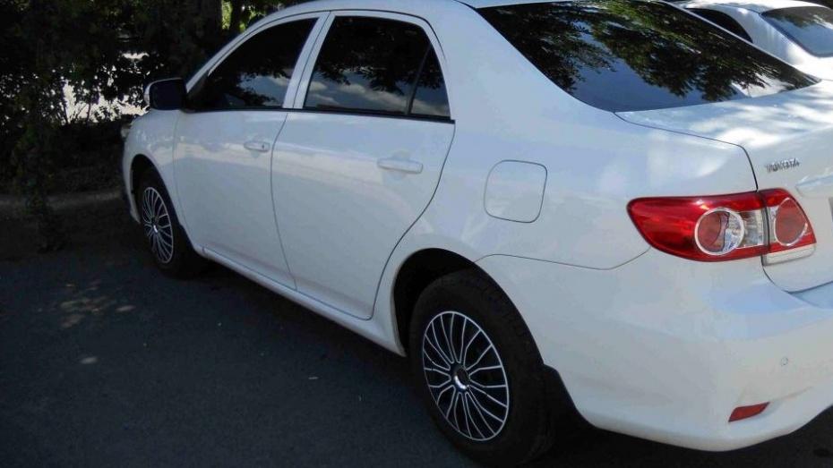На свидании девушка угнала у воронежца Toyota
