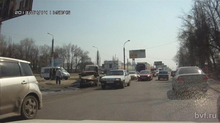 В Воронеже произошли две серьезные аварии