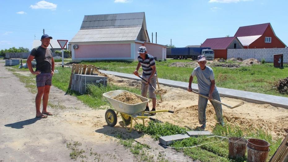 В Терновском селе Русаново построят 1,5 км пешеходных дорожек