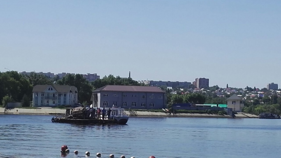 В Воронеже начали демонтаж баркалона «Меркурий»