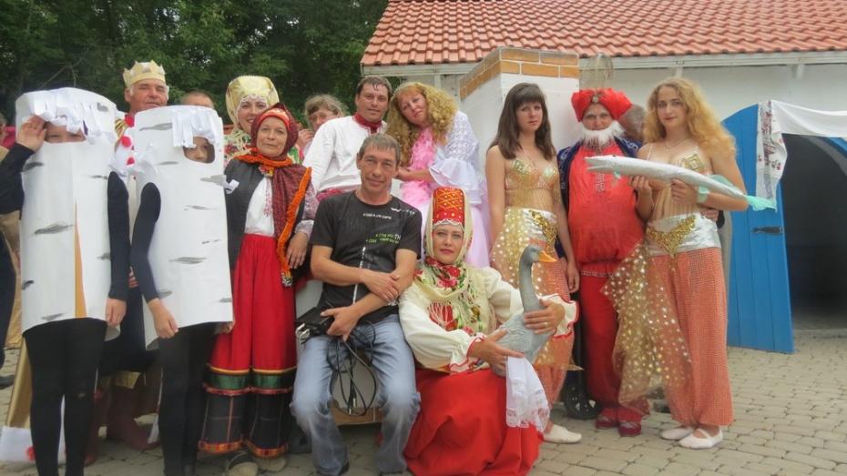 Репьевские артисты стали дипломантами фестиваля «Театральные дивы»