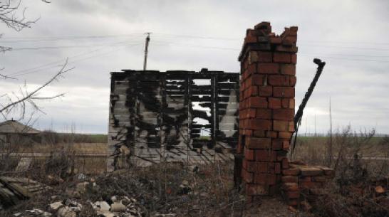 В Воронежской области женщина из мести сожгла сарай соперницы