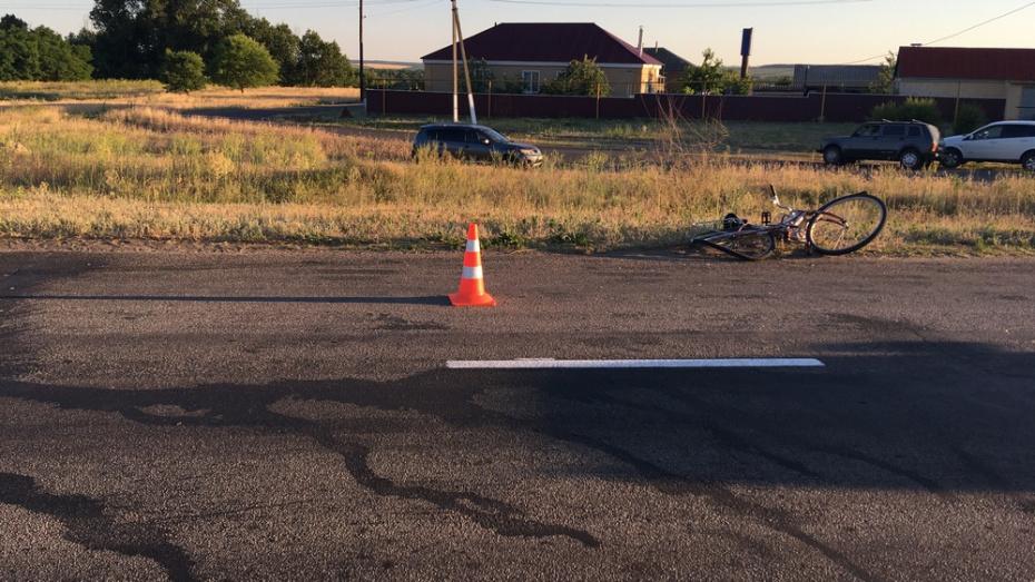 В Верхнем Мамоне иномарка сбила 11-летнюю велосипедистку