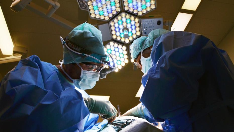 СК проверит жалобу воронежца на врачей, забывших в его животе марлю