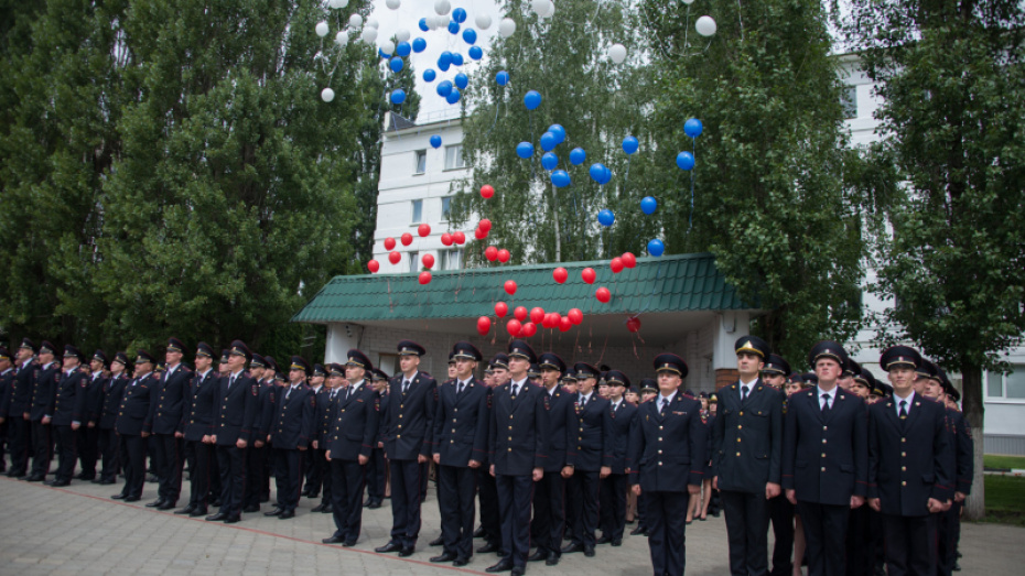 Воронежский институт МВД выпустил 300 лейтенантов