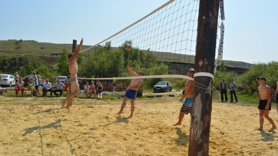В Нижнедевицком селе Першино определили самых спортивных жителей района