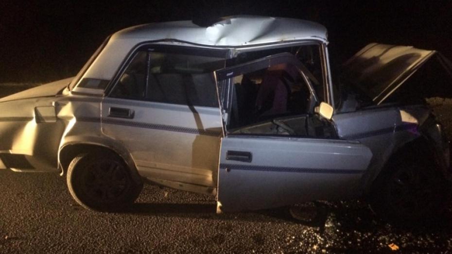 Водитель «пятерки» погиб после столкновения с экскаватором в Воронеже