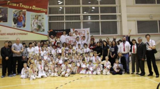 Верхнехавские каратисты получили 19 золотых медалей на открытом кубке района