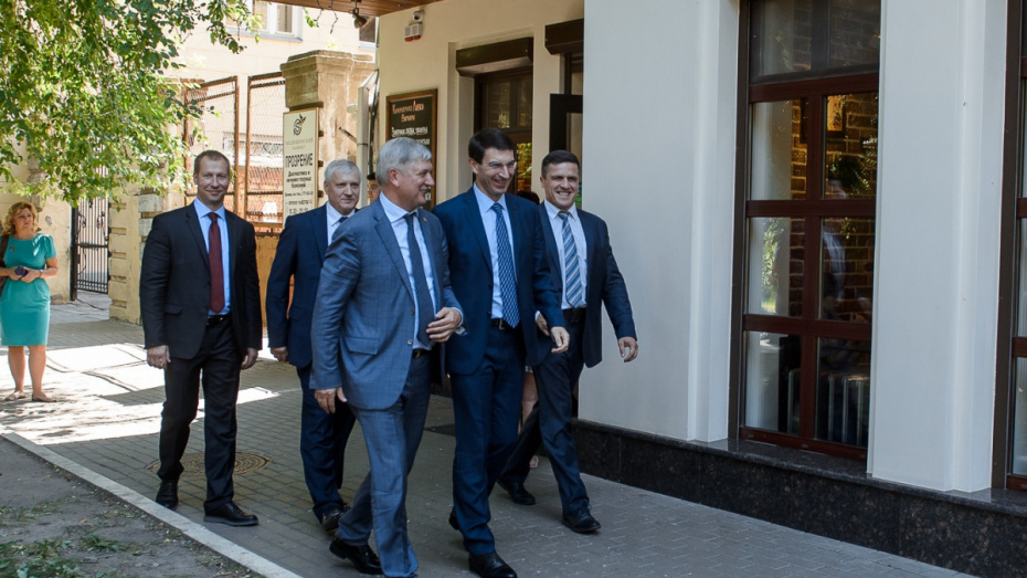 Полпред президента в ЦФО осмотрел 4 объекта в Воронежской области