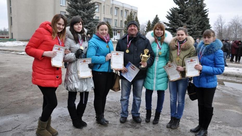 Эртильские баскетболистки заняли первое место в областной Спартакиаде школьников и учащейся молодежи
