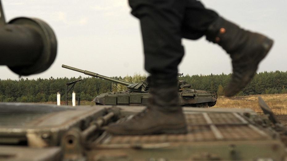 Под Воронежем разыскивают сбежавшего сполигона бойца