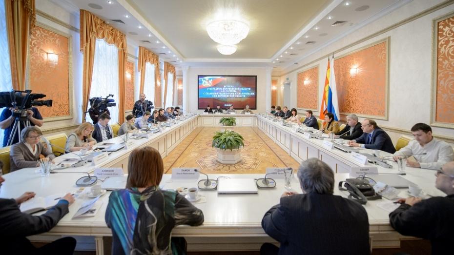 Глава Воронежской области призвал подкрепить ответственность ресурсами