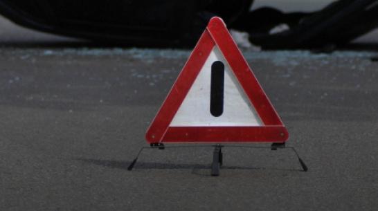 Под Воронежем погиб водитель перевернувшейся легковушки