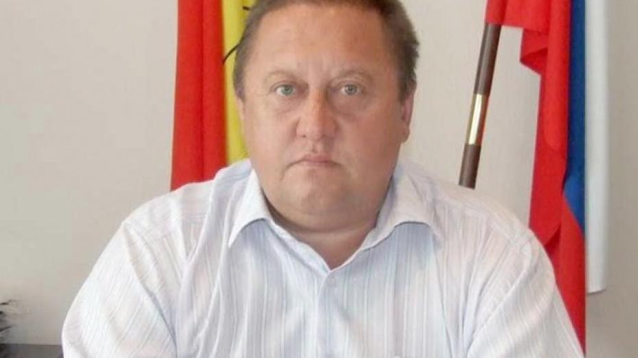 Глава администрации Таловой подал в отставку