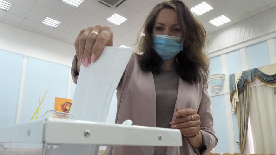 Не откладывать на последний день. Кто в Воронежской области проголосовал 26 июня