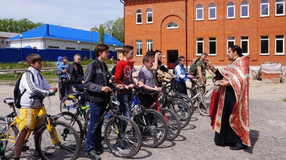 В Семилуках прошел православный велопробег