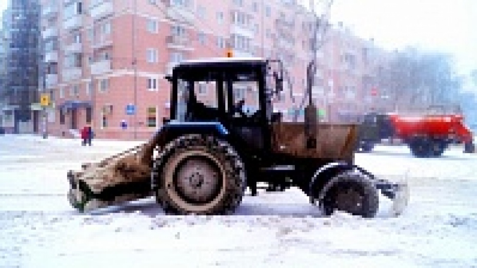 Воронежские спасатели проверят технику для уборки снега