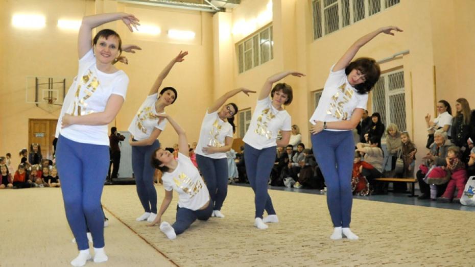 «Взрослые» воронежские гимнастки впервые поедут на российский чемпионат